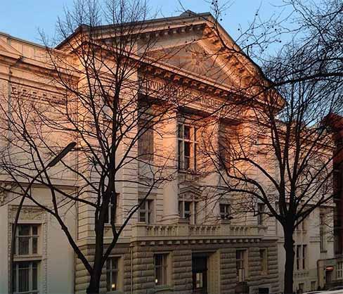 Das Logenhaus, Treffpunkt der Loge Licht und Wahrheit in der Moorweidenstraße 36 in Hamburg