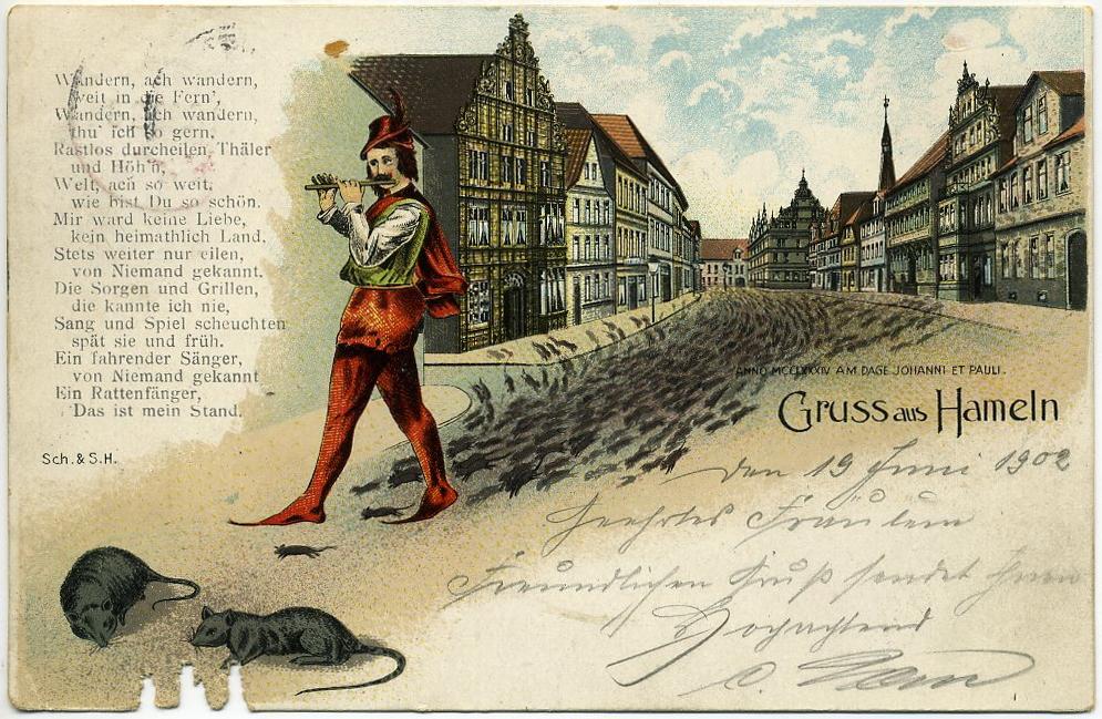 Alte Postkarte, zeigt den spielenden Rattenfänger von Hameln